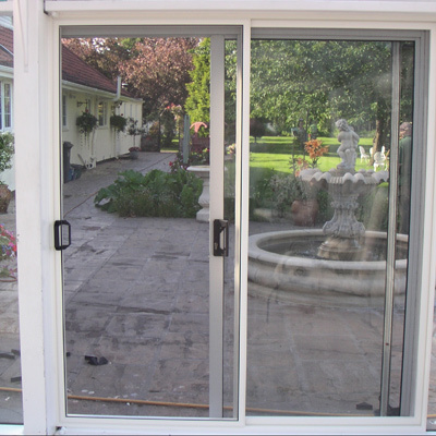 Fly screens for patio doors exclusive screens fly for Pull down fly screen for doors